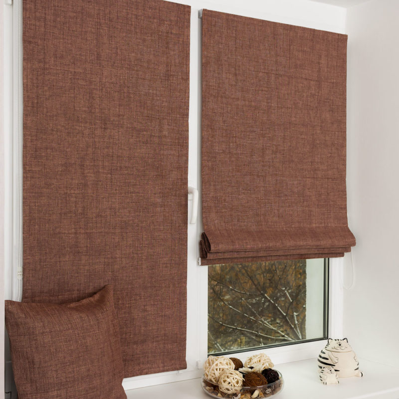 reimsk-shtori-svoimi-rukami-5-e1510832357120 Римские шторы своими руками: мастер-класс по пошиву, монтажу и комбинированию римских штор
