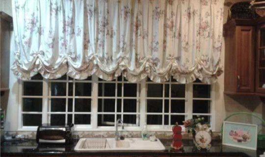 shtori-na-kuhnu-svoimi-rukami-14-540x320 Как пошагово сшить шторы на кухню своими руками по выкройке?