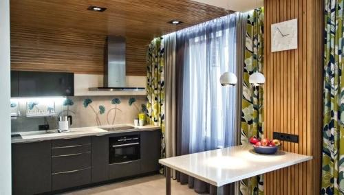 kak-raskroit-shtory-dlya-kuhni-2 Как пошагово сшить шторы на кухню своими руками по выкройке?